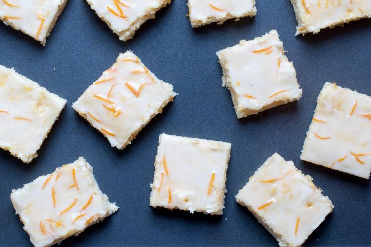 Schneller Blechkuchen mit Orange