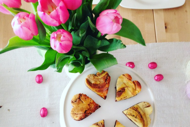 Brownie-Käsekuchen Herzen